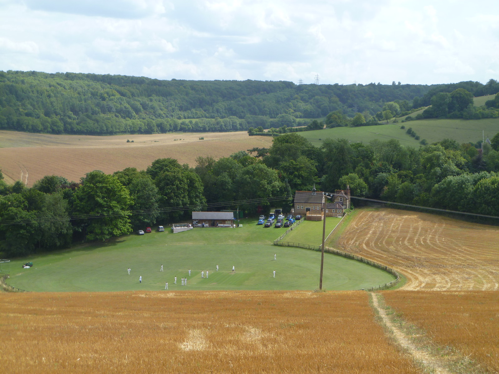 Luddesdown CC in action SWC Walk 173 Cuxton to Halling