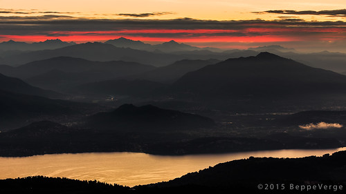 red lake alps yellow sunrise landscape fire gold dawn alba alpi mottarone beppeverge