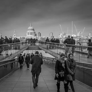 walking-through-london
