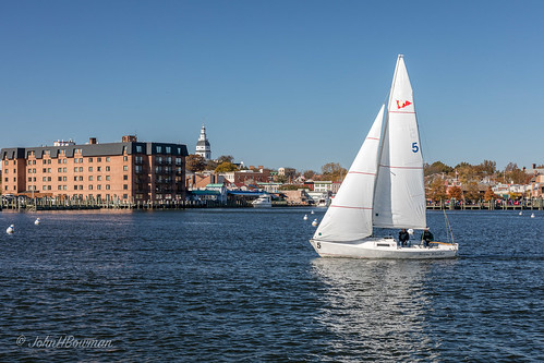 maryland annearundelcounty annapolis riversandstreams spacreek marinasharbors boats sailboats statecapitols mdcapitol blueskies november2016 november 2016 canon24704l