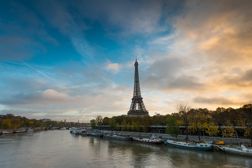 Eiffel tower sunrise | by valcker