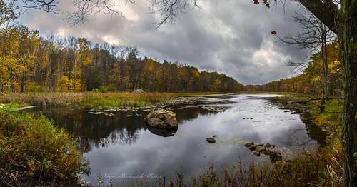 smack53 waywayandastatepark vernon newjersey appalachiantrail lake pond water reflections cloudy clouds trees autumn autumncolors fall fallcolors fallseason foliage scenic scenery panorama nikon d3100 nikond3100