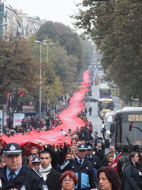 The very long Turkish flag
