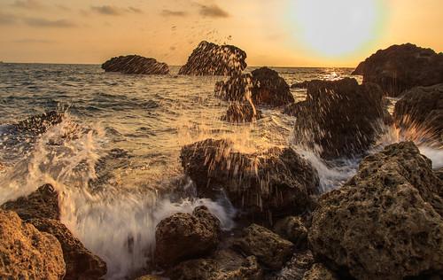 sunset kaohsiung 夕陽 台灣 海岸 日落 西子灣 6d 浪 岩石 海灘 高雄市 ef24105mm 鼓山區
