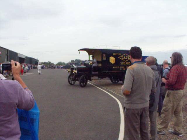 Vintage Vehicle Parade @ Shuttleworth 2015