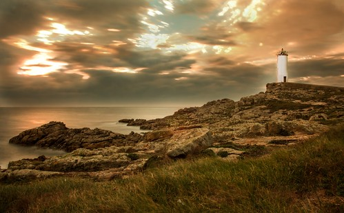 sea lighthouse sunrise faro mar galicia corme roncudo