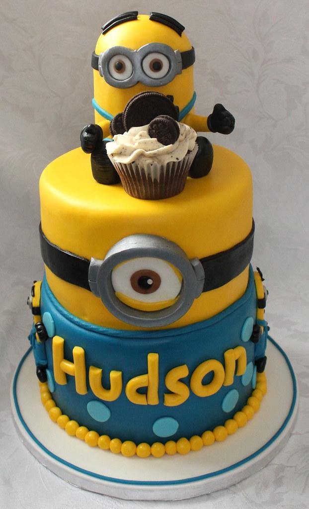 Astounding Minion Birthday Cake Pauls Creative Cakes Flickr Funny Birthday Cards Online Unhofree Goldxyz