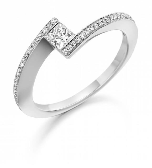 #engagementrings #gold #diamonds #jewellery #goldjewellery #diamondjewellery #wedding