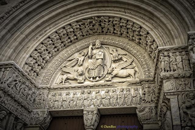 Église de Saint-Trophime (Arles) : Tympan et archivolte