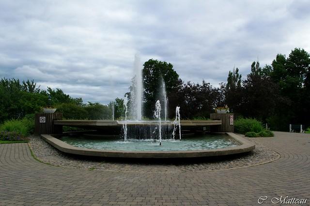 992-Fontaine des Plaines
