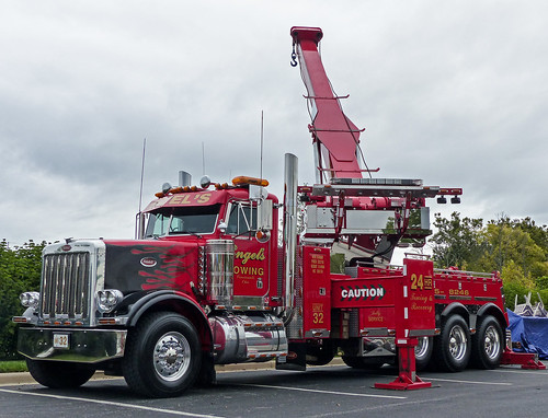 Engel's Peterbilt Recovery & Tow Truck | 2015 Midwest ...