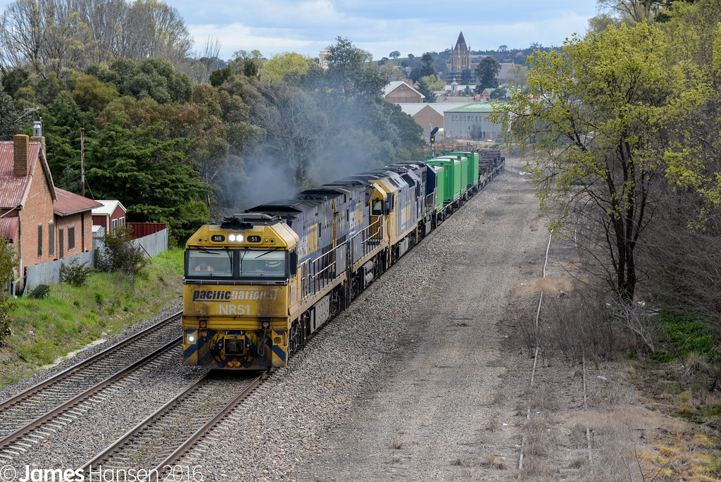 2MW2 powering out of Goulburn by James Hansen