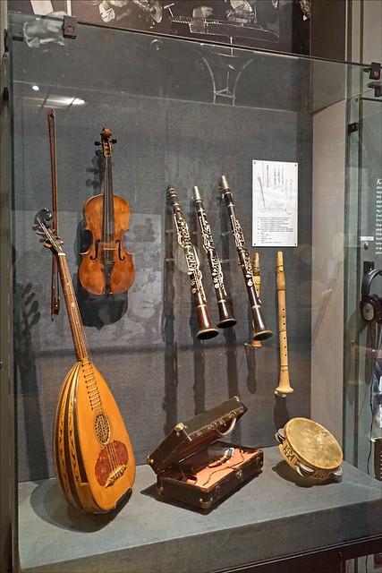 Le musée des instruments de musique populaire grecque (Athènes)