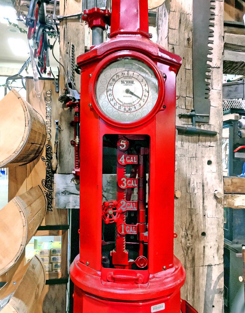 National - Simplex gas pump   National - Simplex  Clock-face