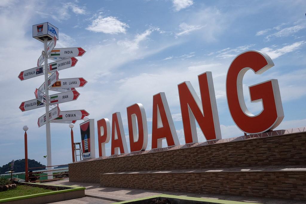 New statue of Padang Beach #pantaipadang #padangbeach