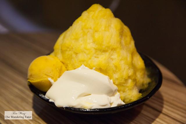 Fresh mango sensation (but without fresh mango since it's not in season)