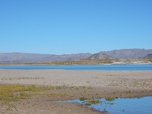 Elephant Butte Lake - op zandplaat - 1