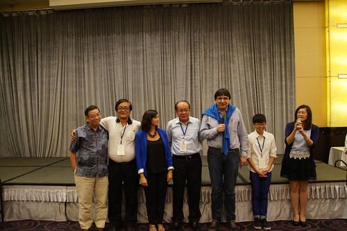 圖22莊理事長與IndustriALL副秘書長Kemal Özkan  IndustriALL-JAF秘書長Yoshio Sato在晚宴上向來賓致辭