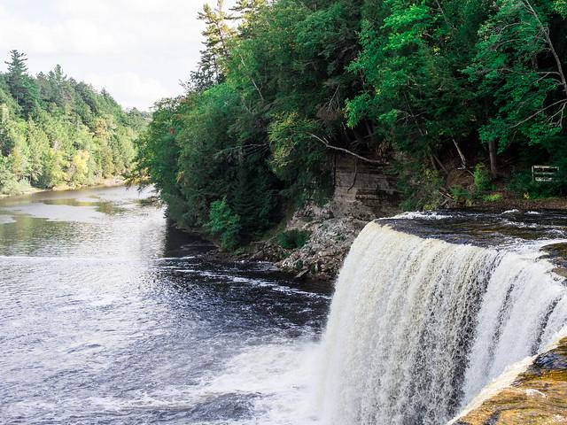 Tahquemenon Falls