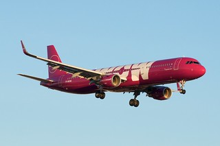 WOW Air Iceland Airbus A321 | by BriYYZ
