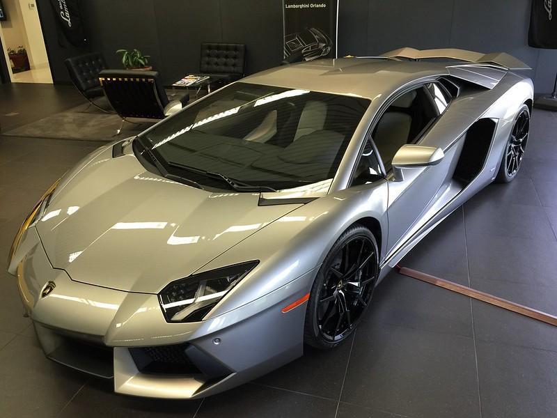 Lamborghini exotic car wrap removal