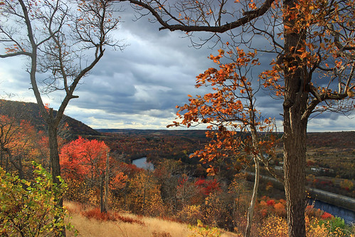 autumn trees sky mountains clouds landscape hiking pennsylvania hills foliage creativecommons bluemountain appalachianmountains stratocumulus lehighriver kittatinnymountain carboncounty lehighgap lehighgapnaturecenter