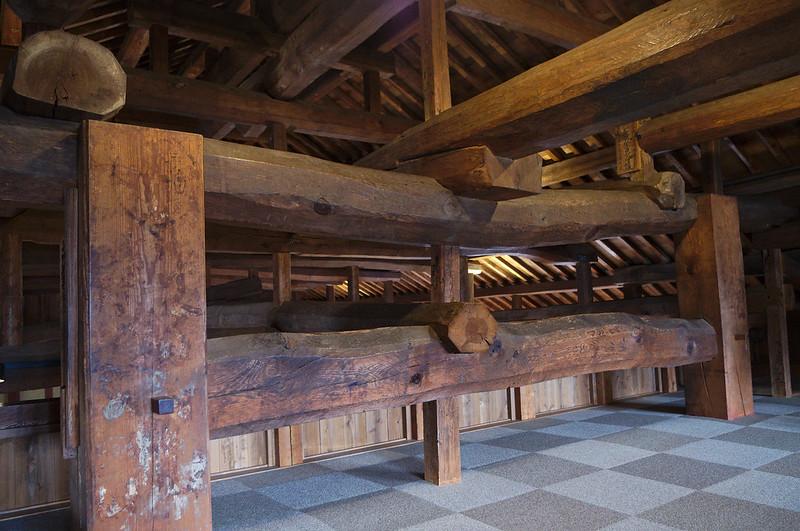 Tout est en bois, pas une seule pièce en métal pour tenir l'ensemble