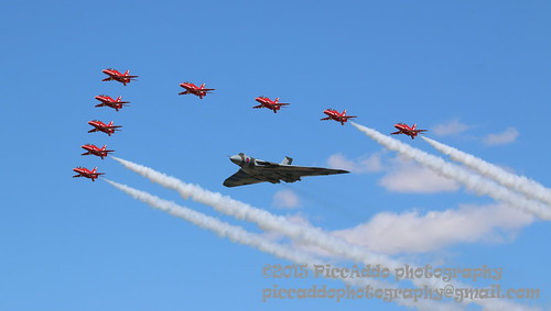 Vulcan with Red Arrows RIAT 2015 | by Martin D Stitchener PiccAddo Photography