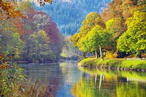 ericrobbniven scotland dunkeld perthshire walking cycling rivertay