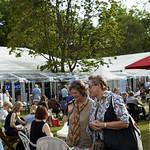 Visitors enjoying Charlotte Square Gardens | Visitors enjoy the sunshine in the Gardens © Helen Jones