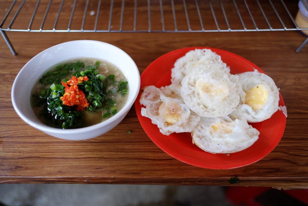 """Bánh căn"" - Vietnamese food"