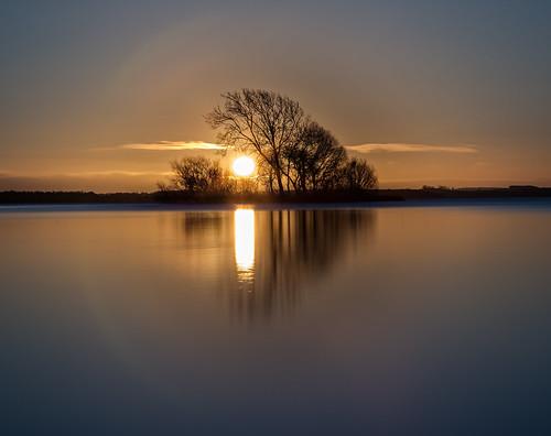 longexposure sunrise canon island scotland waterfront nd loch waterscape kinross 24105 lochleven perthkinross sunriseoverwater grantmorris grantmorrisphotography
