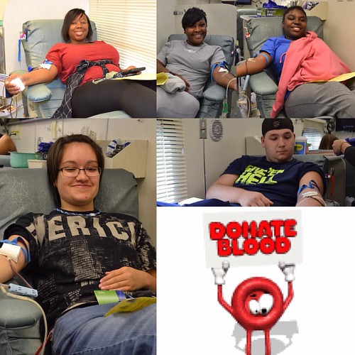 Bloodmobile on campus until 4 pm today at the fountain circle.  Free t-shirt for all donors #donatebloodsavelives #donateblood #bloodmobile #bloodconnection #newberrycollege