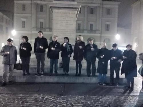 A Casale, in solidarietà con Parigi e le sue vittime | by flavagno