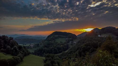 2016 landscape slovenia sunset svetiflorijan strmecprisvetemflorijanu šmarjeprijelšah si
