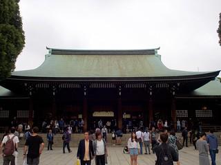 Meiji main shrine building   by vettie vette