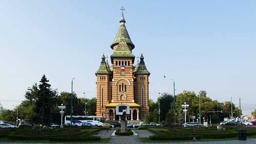 Timisoara ; Piata Victoriei, Catedrala Mitropolitana