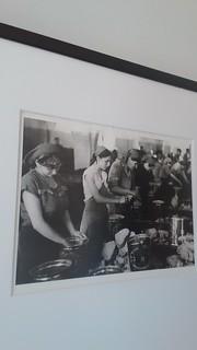 Donne lavoranti alla Tonnara   by S I C A N I A