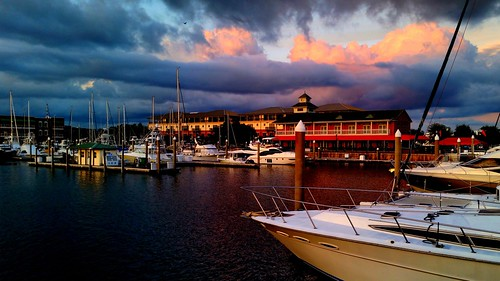 sunset clouds boats pier pensacola galaxys5