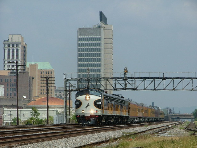 NS 4271 (EMD F9PH) Birmingham, AL.