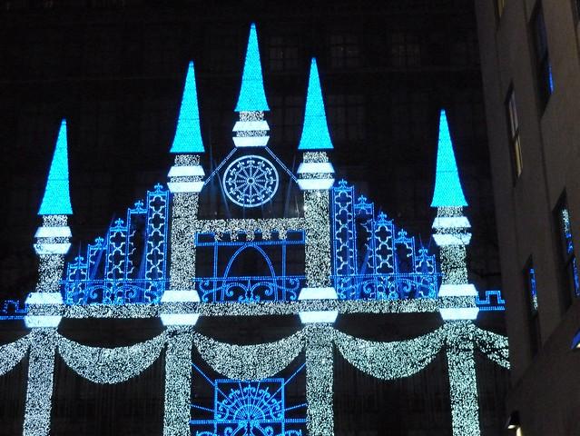 SAX 5TH AVENUE CHRISTMAS DISPLAY 2015
