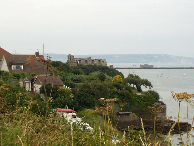 Approaching Sandsfoot Castle