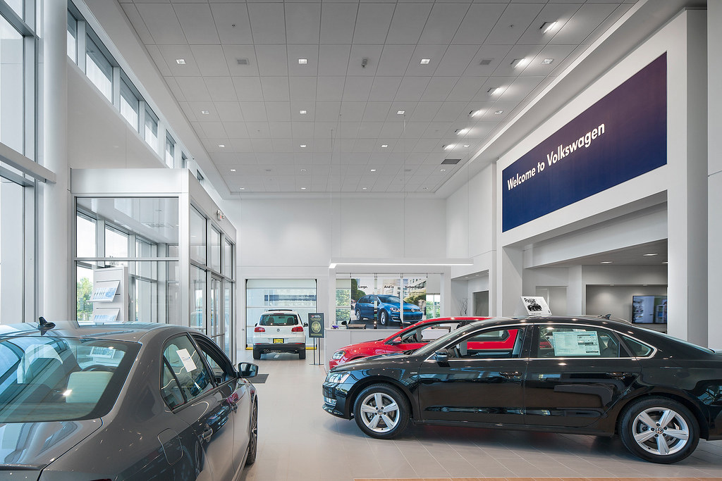 Vw Dealership Mn >> Brookdale Vw Brooklyn Park Mn Dj Kranz Commercial Ret