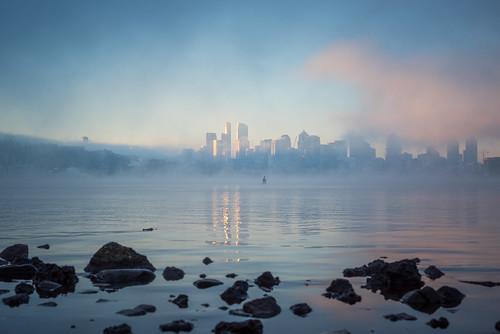 seattle mist lake water misty fog skyline clouds sunrise washington rocks cloudy foggy gasworks pacificnorthwest lakeunion pnw gasworkspark a7r fe2470f4zaoss