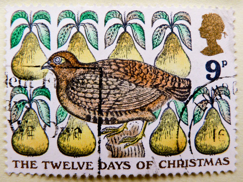 """great xmas stamp GB Great Britain 9p (illustration of old xmas-song """"The Twelve Days of Christmas""""; """"Rebhuhn im Birnbaum"""" Illustration britisches Weihnachtslied) navidad sello noel timbre Great Britain United Kingdom stamps jul frimerker poste-timbres UK 