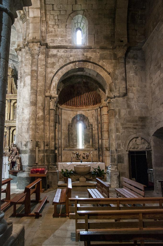 Monasterio De San Martin De Castaneda Iglesia Romanica S Flickr