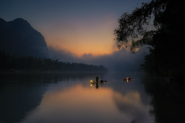 Fishermen in the Xing Ping at Sunrise_3564