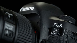 EOS5DMK4   by pixelmaniak
