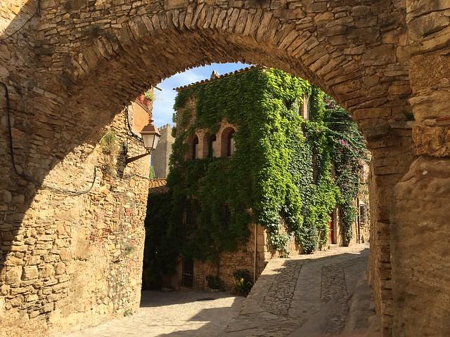 ¿Qué ver en Peratallada? Lugares que visitar en Peratallada (Bajo Ampurdán, Cataluña)