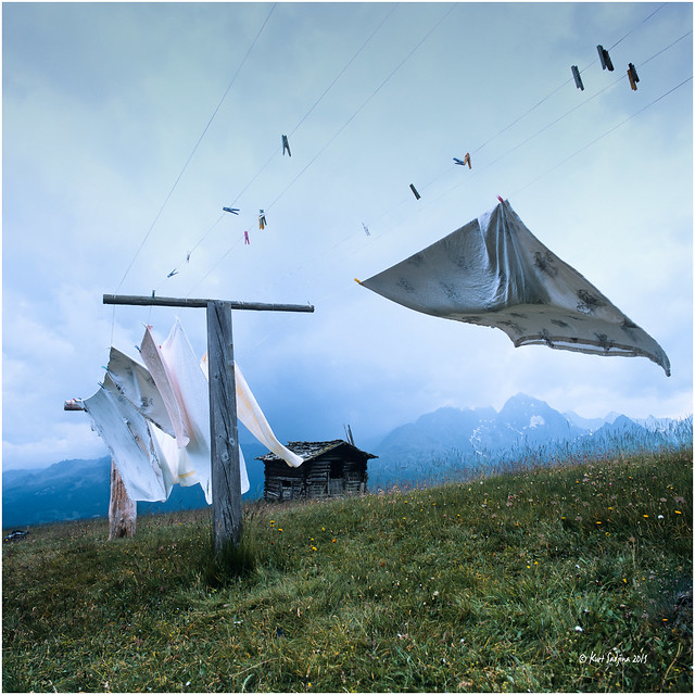 Laundry in the wind_Hasselblad